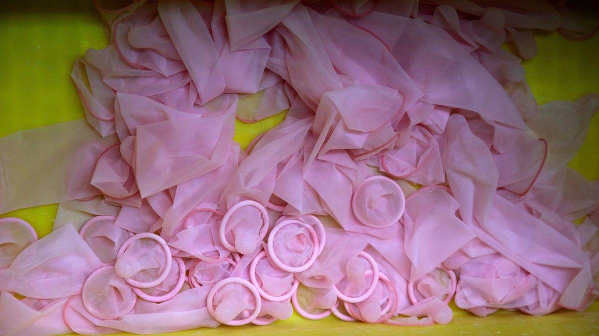 Na OH rozdají 160tisíc kondomů. Jsou na doma, varují atlety organizátoři