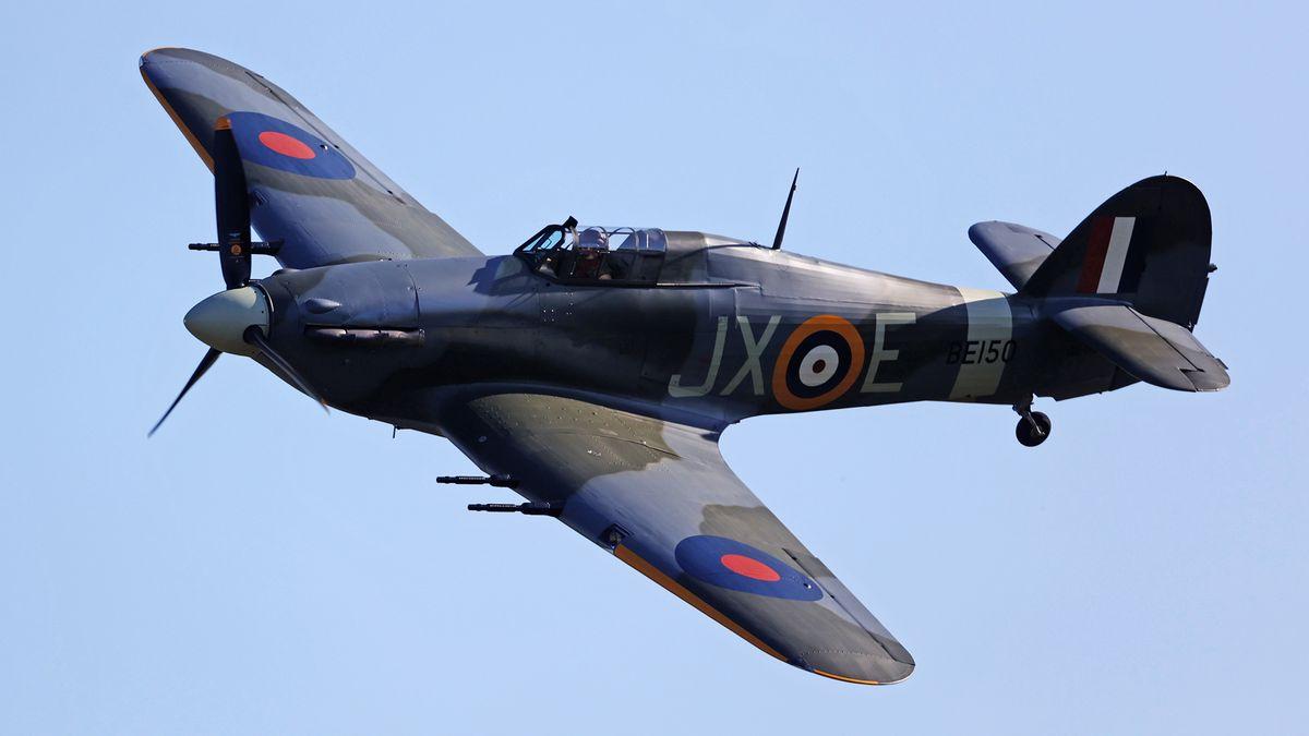 Obrazem: Klenot ve sbírkách pražského muzea. Přiletěla stíhačka Hawker Hurricane