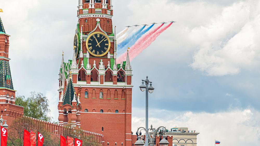 Moskva má Prahu na soupisce nepřátel, český velvyslanec se chystá na přehlídku