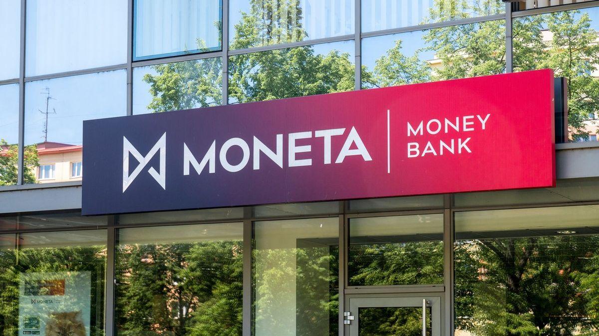 Dnes se rozhodne ovzniku třetí největší banky vČesku