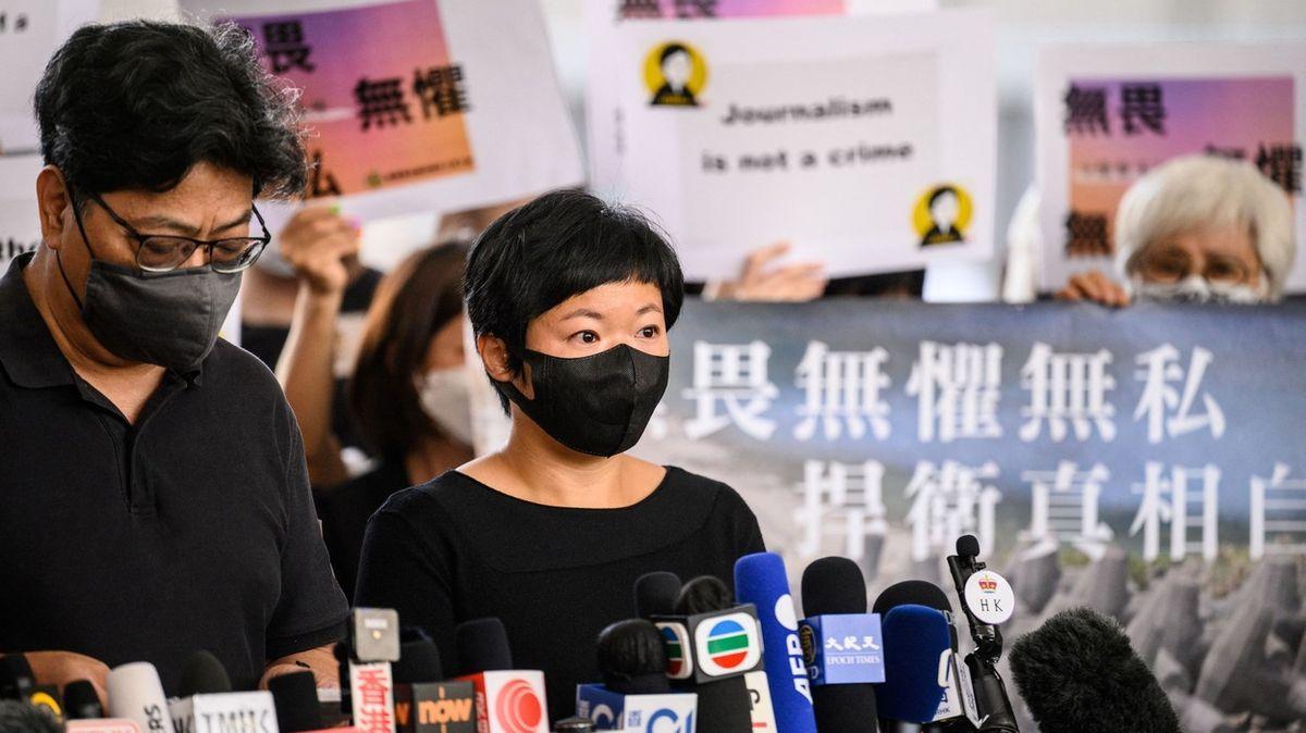 """Čína otrávila svobodu hongkongských médií. Nemají povolena """"politická témata"""""""