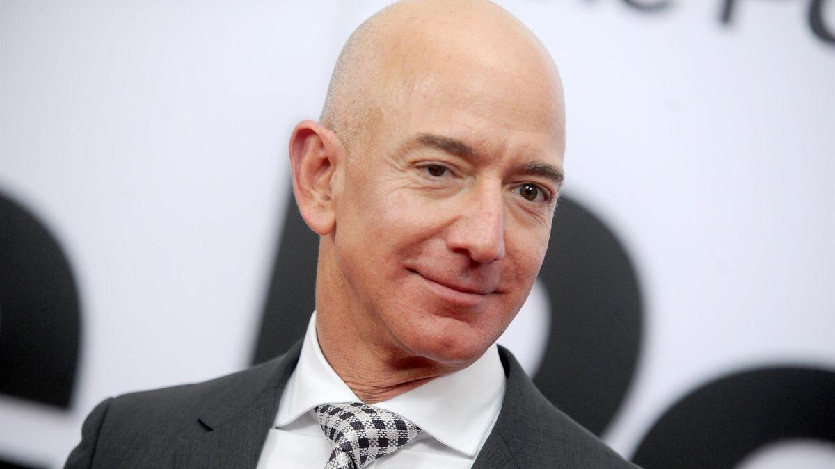 Bezos končí jako šéf Amazonu