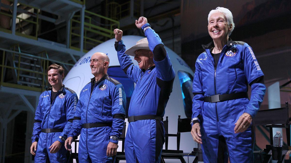 Není astronaut jako astronaut. Bezosova vesmírná radost může být vohrožení