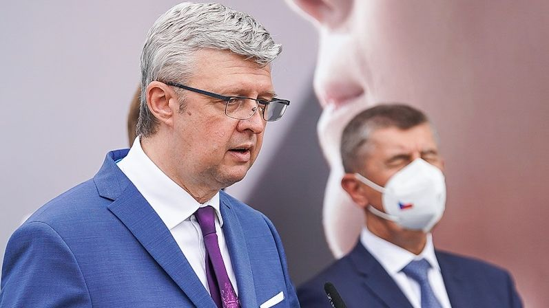 Průzkum: Volby by včervnu vyhrálo ANO, Přísaha přeskočila KSČM a ČSSD