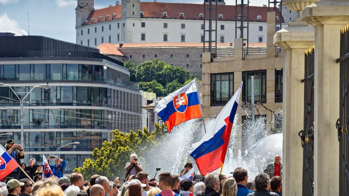 Slováci si parlament vreferendu nerozpustí, bylo by to protiústavní